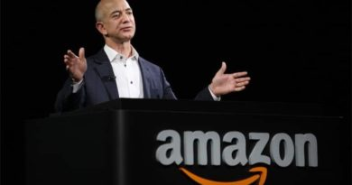 HUNDREDS of traders will demonstrate against Amazon CEO's India visit   for impacting small traders