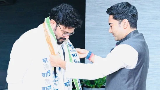 BJP MP Babul Supriyo Joins TMC
