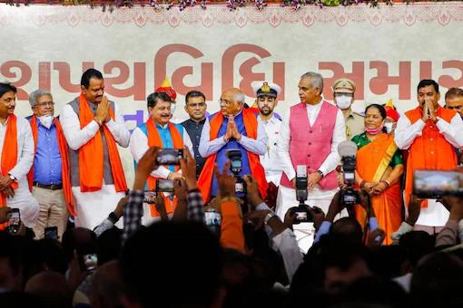 In Gujarat, 24  Ministers Take oath; Nimaben Acharya Named Speaker